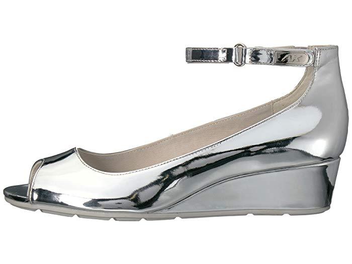 obuv na tanketke s jeffektom metallik
